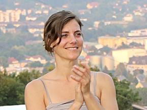 Simone Roth